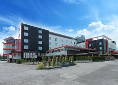 Grand Hatika Hotel - Tanjung Pandan - Edificio