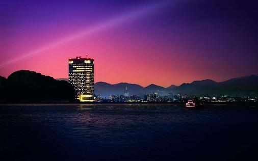 Grand Prince Hotel Hiroshima - Hiroshima - Building