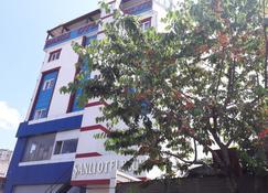 Sanli Hotel Blue - Трабзон - Здание