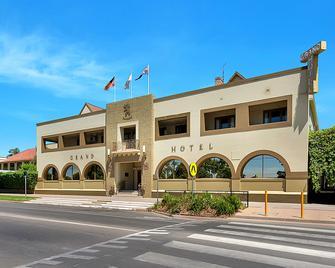 Quality Hotel Mildura Grand - Mildura - Building