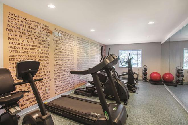 La Quinta Inn by Wyndham Richmond South - Richmond - Gym