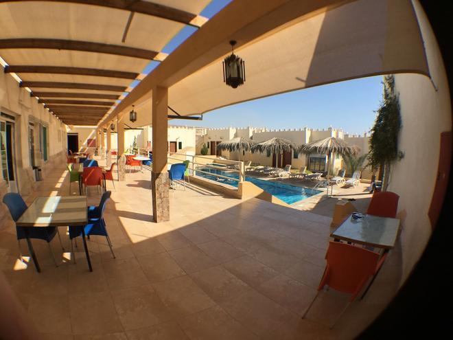 Red Sea Dive Center - Hotel & Dive Center - Akaba - Uima-allas
