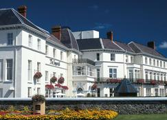 The Imperial Hotel - Barnstaple - Building