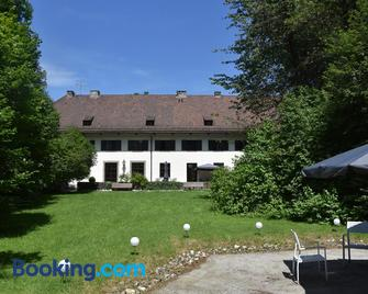 Cor-Resort - Boutique Villa - Brannenburg - Gebouw