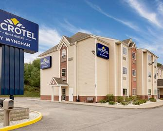 Microtel Inn & Suites by Wyndham Princeton - Princeton - Building