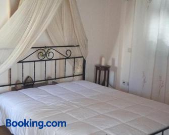Toula's House - Spétses - Schlafzimmer