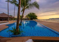 Pristine Mermaid Resort - Ngapali Beach - Pool