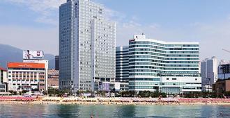 Haeundae Seacloud Hotel Residence - Busán - Playa