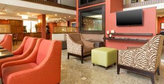 Drury Inn & Suites Charlotte University Place - שרלוט - לובי