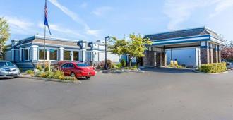 Quality Inn Homestead Park - Billings