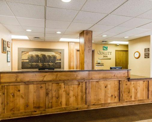 Quality Inn Homestead Park - Billings - Front desk
