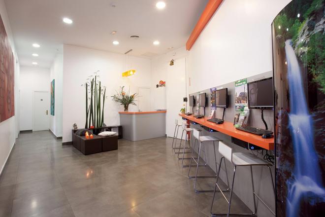 Hip Karma Hostel - Barcelona - Business centre