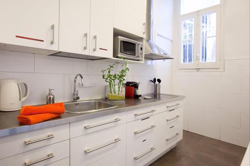 Hip Karma Hostel - บาร์เซโลนา - ห้องครัว