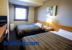 Hotel Route-Inn Tsuruoka Inter - Цуруока - Спальня