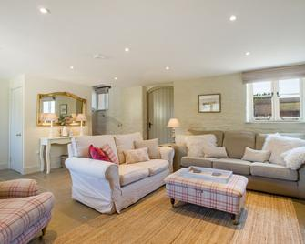 Classic Cotswolds Getaway in Radcot - Faringdon - Wohnzimmer