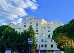 AMG Hotel Grifo - Montepulciano - Building