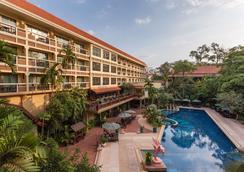 吳哥王子spa 飯店 - 暹粒 - 游泳池