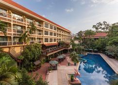 Prince D' Angkor Hotel & Spa - Siem Reap - Piscina
