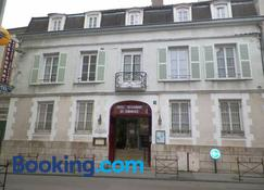 Hôtel du Commerce - Auxerre - Building