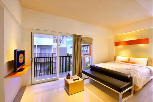 Harris Hotel & Residences Sunset Road - Kuta - Bedroom