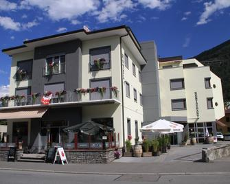 Hotel-Restaurant du Stand - Martigny - Bâtiment