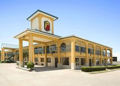 Super 8 by Wyndham Grand Prairie Southwest - Grand Prairie - Rakennus
