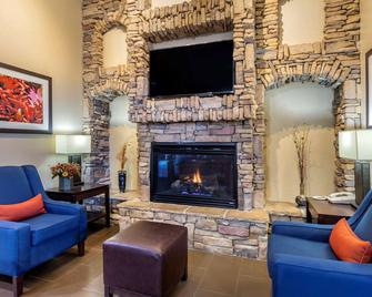 Comfort Inn and Suites Lordsburg I-10 - Lordsburg - Living room