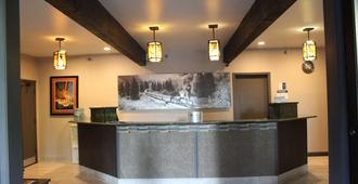 Best Western Plus Rio Grande Inn - Durango - Front desk