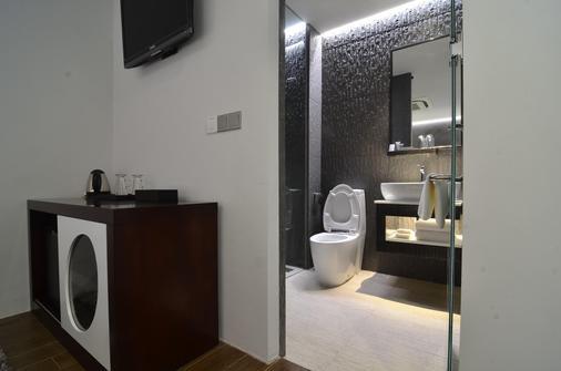 新加坡布里斯飯店 - 新加坡 - 浴室