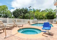 Villa Victor Ascend Hotel Collection - St. Augustine - Bể bơi