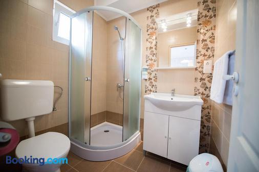 Pensiunea Bella - Arad - Bathroom