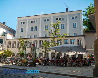 Art Hotel - Passau - Building