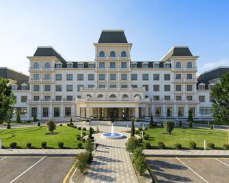 Qafqaz Sport Resort Hotel - Gabala - Gebäude