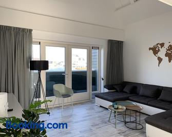 Boothuis Harderwijk - Harderwijk - Sala de estar