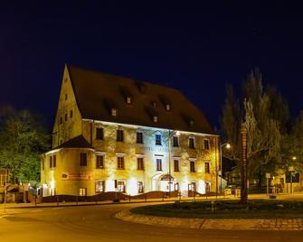 Ringhotel Jägerhof garni und mehr - Weißenfels - Building