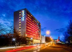 Park Inn by Radisson Katowice - Katowice - Edificio