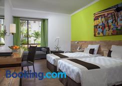 Prime Plaza Hotel Sanur - Bali - Denpasar - Bedroom