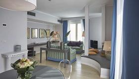 Sina Astor - Viareggio - Living room