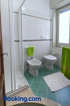 Le 5 Torri - Trapani - Bathroom