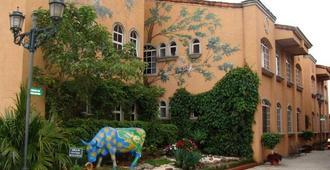 Casa Conde Hotel & Suites - San Jose - Rakennus