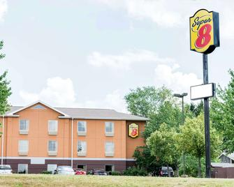 Super 8 by Wyndham Mars/Cranberry/Pittsburgh Area - Mars - Building