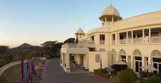 The Lalit Laxmi Vilas Palace - Udaipur - Building