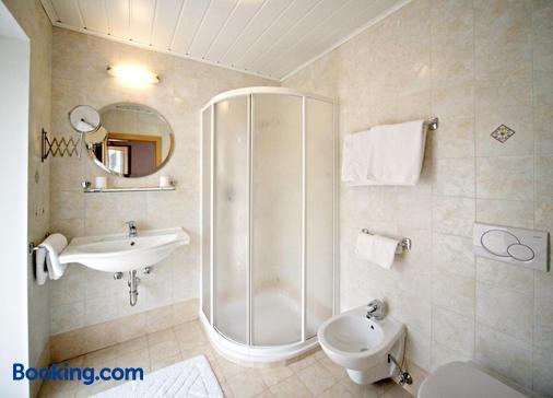 Garni Reutlingen - Colfosco - Bathroom