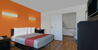 Motel 6 San Jose South - סן חוזה - חדר שינה