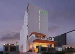 Lemon Tree Hotel Gachibowli Hyderabad - Hyderabad - Κτίριο