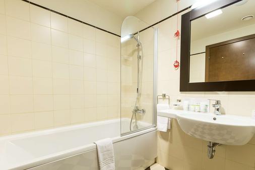 歐羅巴皇家布加勒斯特酒店 - 布加勒斯特 - 布加勒斯特 - 浴室