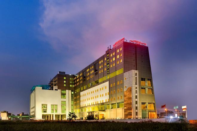 Pride Plaza Hotel, Kolkata - Kalkutta - Rakennus