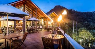 Grand Mercure Puka Park Resort - Pauanui Beach - Restaurant