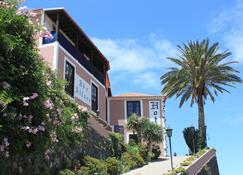 Ibo Alfaro Hotel Rural - Hermigua - Outdoors view
