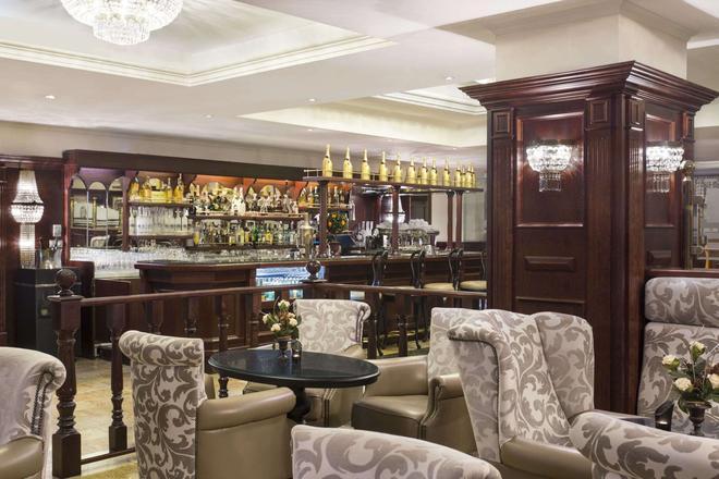 布加勒斯特北華美達酒店 - 布加勒斯特 - 布加勒斯特 - 酒吧